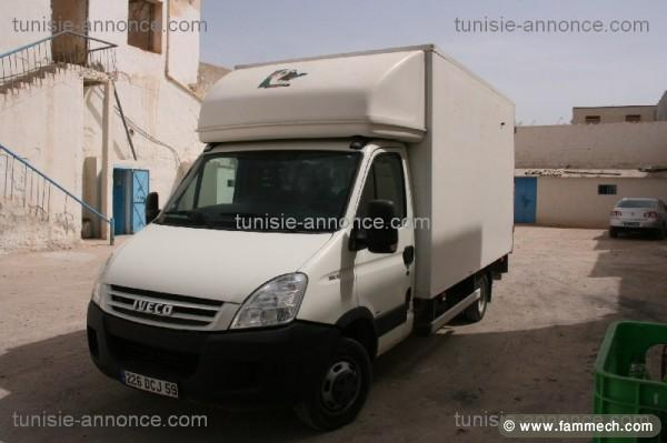 voitures tunisie iveco daily medenine a vendre un. Black Bedroom Furniture Sets. Home Design Ideas