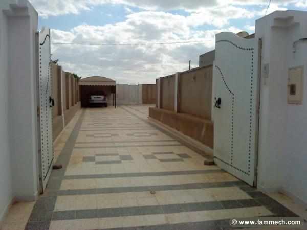 Immobilier tunisie vente maison sfax sud villa et for Plan maison tunisie