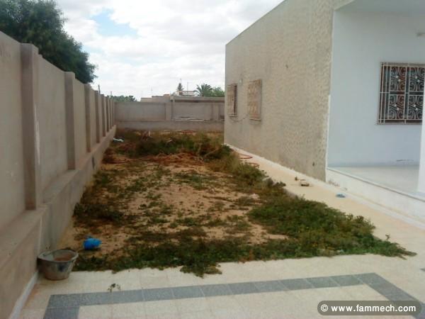cherche acheter maison en tunisie