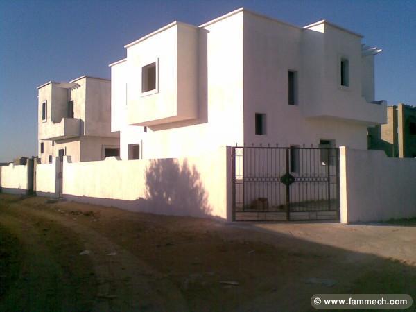 Immobilier tunisie vente maison zarzis magnifique for Achat maison zarzis