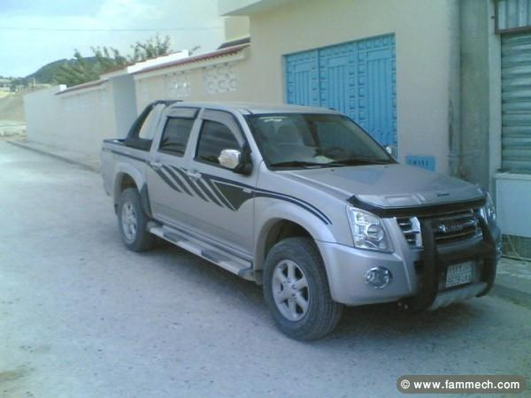 voitures tunisie isuzu d max tunis a vendre isuzu d max. Black Bedroom Furniture Sets. Home Design Ideas