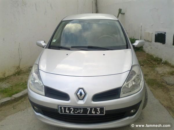 voitures tunisie renault clio iii ariana a vendre clio 3 toute options 1. Black Bedroom Furniture Sets. Home Design Ideas