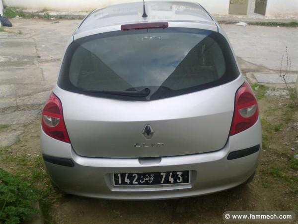 voitures tunisie renault clio iii ariana a vendre clio 3 toute options 4. Black Bedroom Furniture Sets. Home Design Ideas