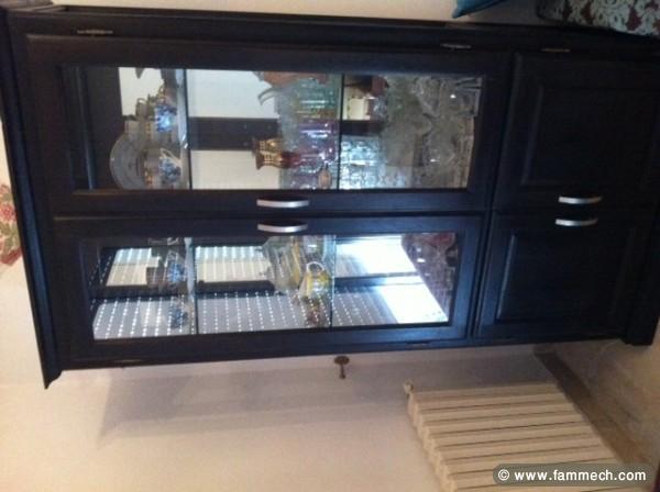 bonnes affaires tunisie maison meubles d coration argenti re noire. Black Bedroom Furniture Sets. Home Design Ideas