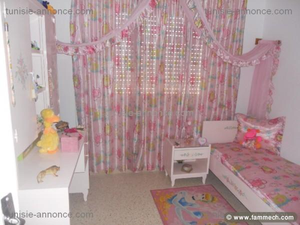 Meuble chambre fille tunisie avec des id es for Chambre a coucher fille tunisie