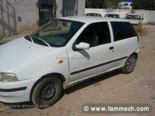 voitures tunisie fiat punto jendouba fiat punto blanche 2. Black Bedroom Furniture Sets. Home Design Ideas