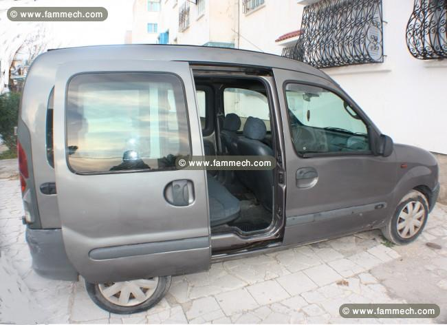 voitures tunisie renault kangoo ben arous kangoo essence 5 places 6 ch 4. Black Bedroom Furniture Sets. Home Design Ideas