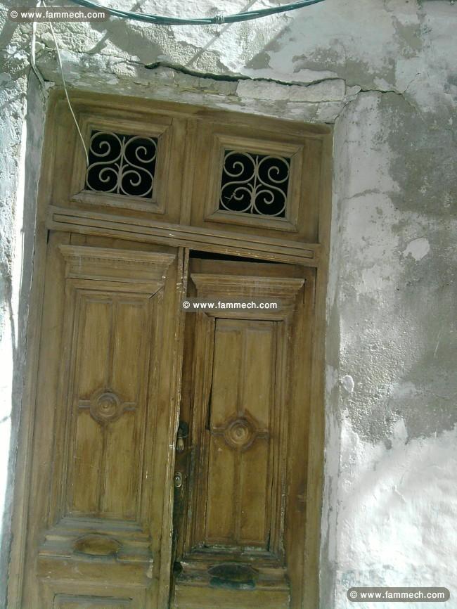 immobilier tunisie vente maison bab souika maison a demolir. Black Bedroom Furniture Sets. Home Design Ideas