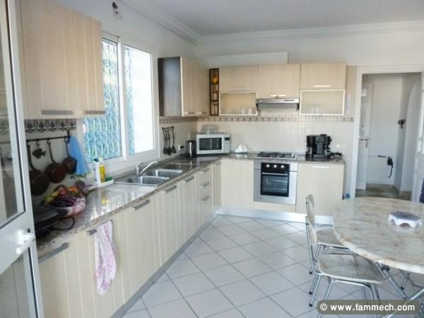immobilier tunisie vente maison hammamet maison vendre avec piscine hammamet nord 2. Black Bedroom Furniture Sets. Home Design Ideas