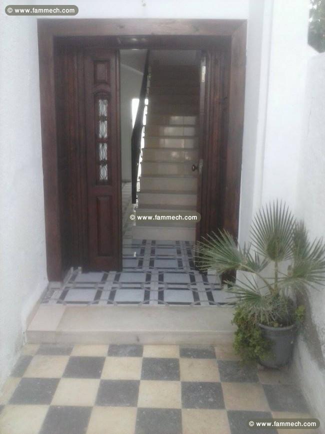 Immobilier tunisie location maison maison moderne duplex for Maison duplex moderne