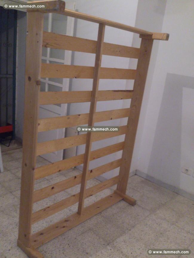 Mobilier De Chambre Complet Sauf Matelas à 155 DT