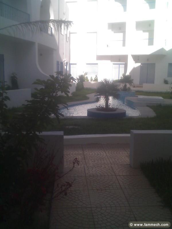 Immobilier tunisie location vacances beni khiar for Residence vacances avec piscine