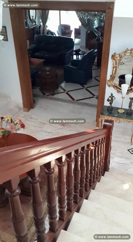 immobilier tunisie vente maison la marsa tres belle. Black Bedroom Furniture Sets. Home Design Ideas