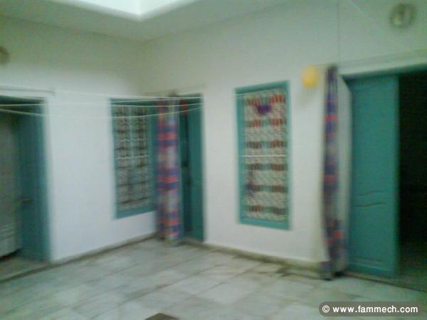 Immobilier tunisie colocation sidi el bechir une for Meuble arabesque tunisie