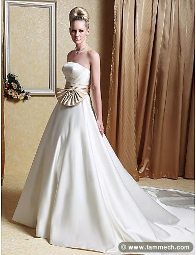 bonnes affaires tunisie v tements accessoires une robe de fiancaille satin blanche 2. Black Bedroom Furniture Sets. Home Design Ideas
