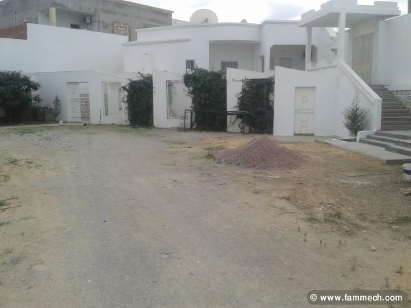 Immobilier tunisie terrain vendre el ouerdia villa for Pret pour terrain seul