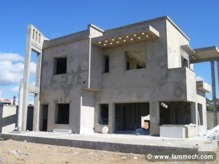 Immobilier tunisie vente maison hammamet villa inachev e 3 for Architecture anglaise