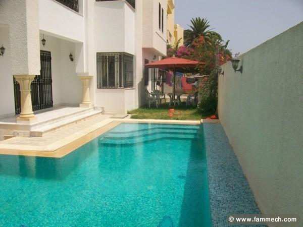 Immobilier tunisie location maison hammamet villa for Piscine demontable tunisie