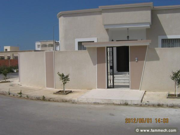 Immobilier tunisie vente maison soliman villa s 3 for Architecture maison tunisie moderne