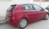Fiat Grandu Punto rouge en très bon état