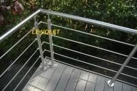 Gardes corps en aluminium aspect chromes