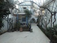 Maison TYPIQUE (Réf: V1043)