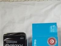 Samsung  Galaxy J 7 Pro en emballage